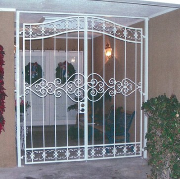Entry enclosure,Arched top,forged scroll design
