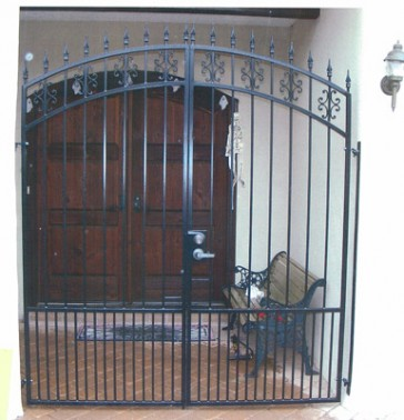 Entry enclosure with Arched top, C-scroll castings,doggie pickets