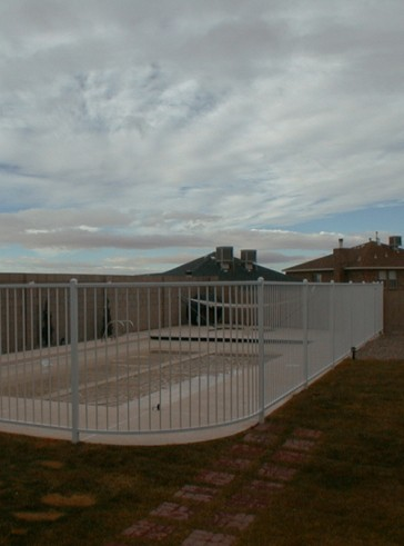 5' high fencing and gate