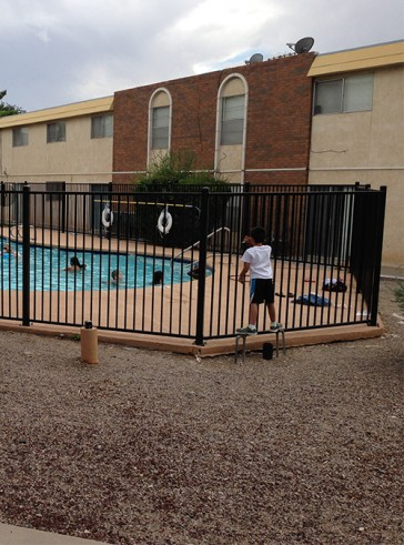 6' high pool fencing