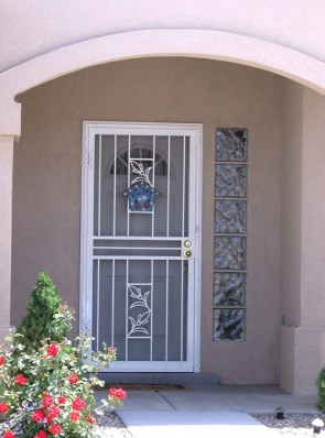 Security pre-hung screen door in Tulip design