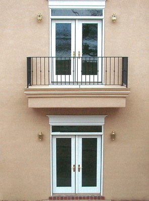 Balcony railing with Knuckles design