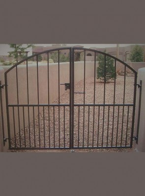 Pr. of arched gates with doggie pickets
