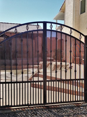 Double gates with knuckles, baskets and perforated metal