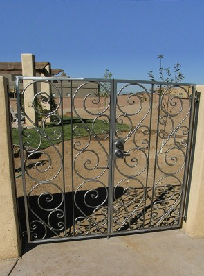 Double gates with forged scrolls