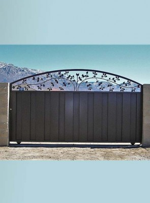 Sliding gate with Leaves design on top and C bottom panels