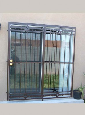 Patio door with High Desert design top and bottom