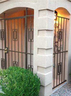 Porch enclosure with Contemporary design