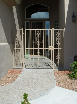 Courtyard gate and side panels in Caprice design