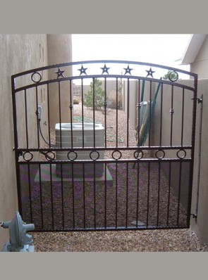 Arched gate with Stars and Circles design and perforated on bottom