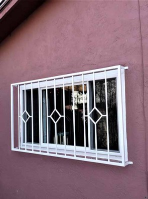 Window grill in Diamond design