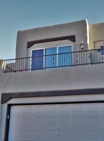 Balcony rail with Baskets design