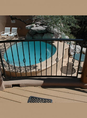 Curved railing with Twist and Baskets