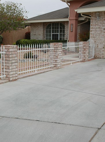 Fence with spears