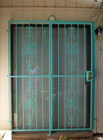 Patio door with Regency design