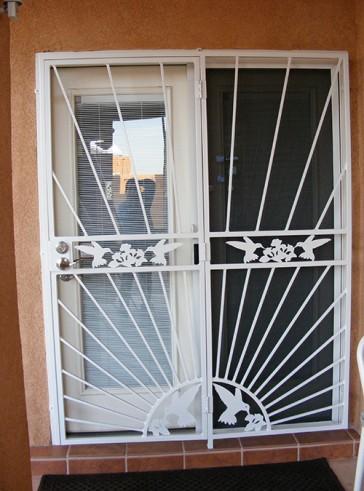 Patio door in Sunray design with Hummingbirds