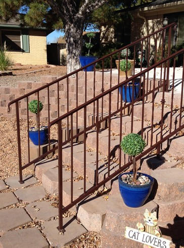 Step railing with Knuckles and Twist