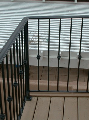 Balcony rail with Moulded cap and knuckles design