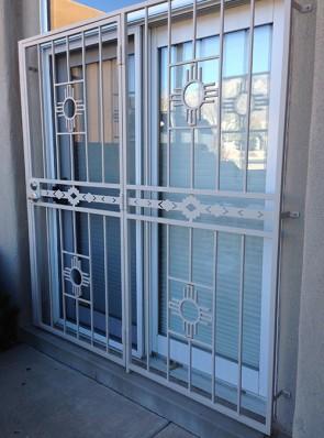 Patio door with medium design and High Desert design in center