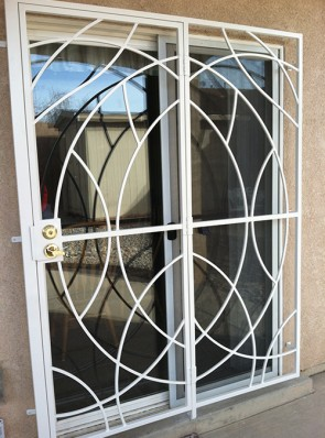 Patio door in Freeform design