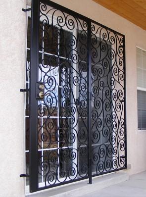 Patio door with S scroll design