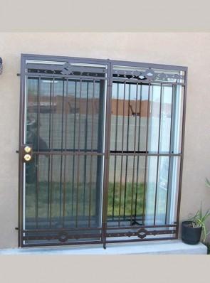Patio door with High Desert design top and bottom