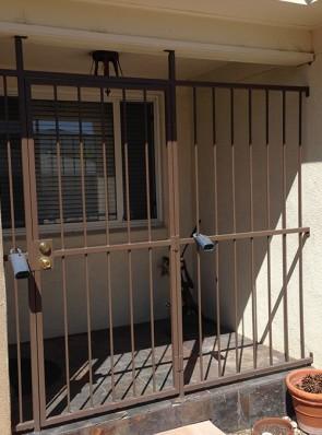 Porch enclosure without designs