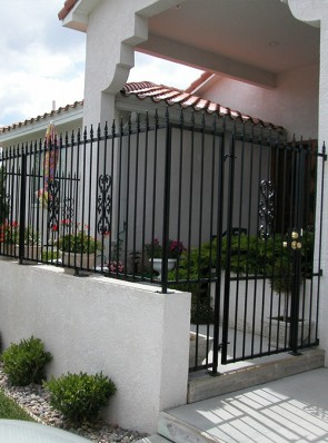Patio enclosure with spears and Heritage design