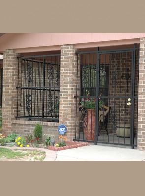 Porch Enclosure with Heritage design