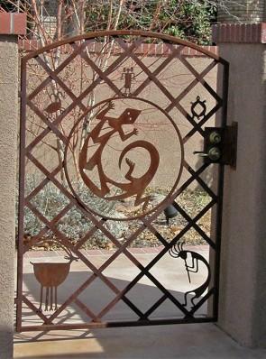Custom gate with Animals design