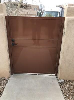 Back of gate with solid metal