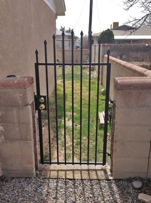 """Arched gate with 3/4"""" punched spears"""