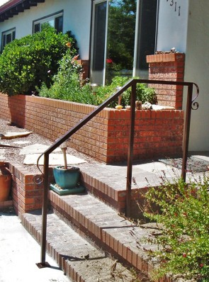 Step railing with Lambs tongue's ends